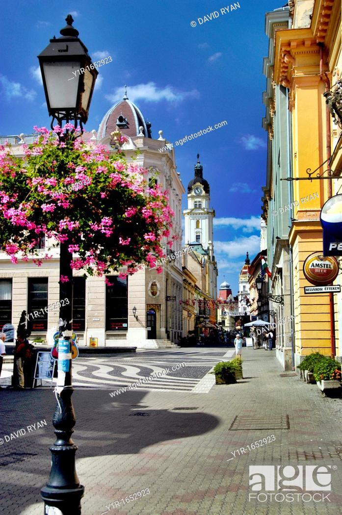 Stock Photo: Hungary, Pecs, Szent Mor Utca Street.