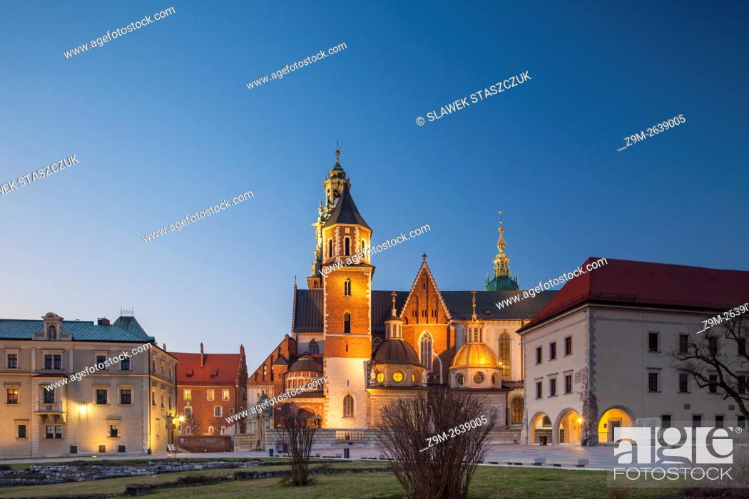 Stock Photo: Evening at Wawel Royal Castle in Krakow, Malopolska, Poland.
