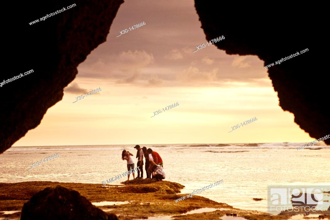 Stock Photo: The path to the famous surf spot of Uluwatu takes you through forest, ravines and caves.
