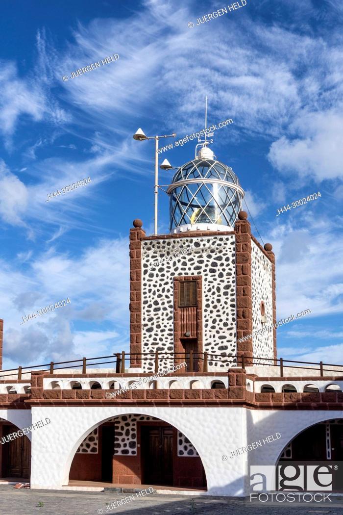 Stock Photo: Lighthouse, Faro de la Entallada, Punta de la Entallada, Las Playitas, Fuerteventura,.