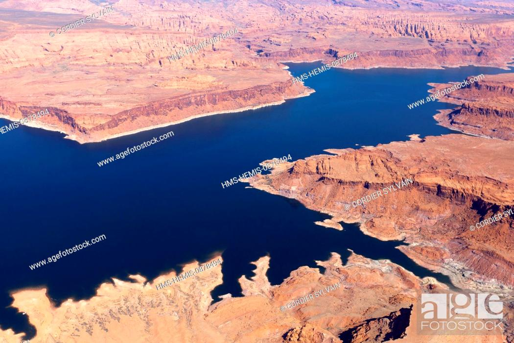 Stock Photo: United States, Utah, Glen Canyon National Recreation area near Page, lake Powell (aerial view).