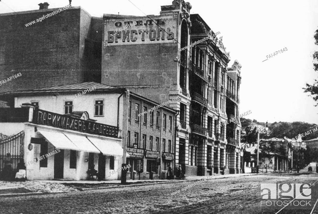Stock Photo: Pyatigorsk. Hotel Bristol. Anonymous . Photochrom. 1910s. Private Collection. Architecture, Interior, Landscape.