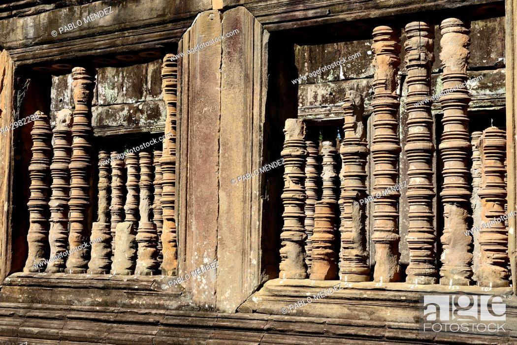 Imagen: Detail of some windows of Ta Keo, Angkor area, Siem Reap, Cambodia.