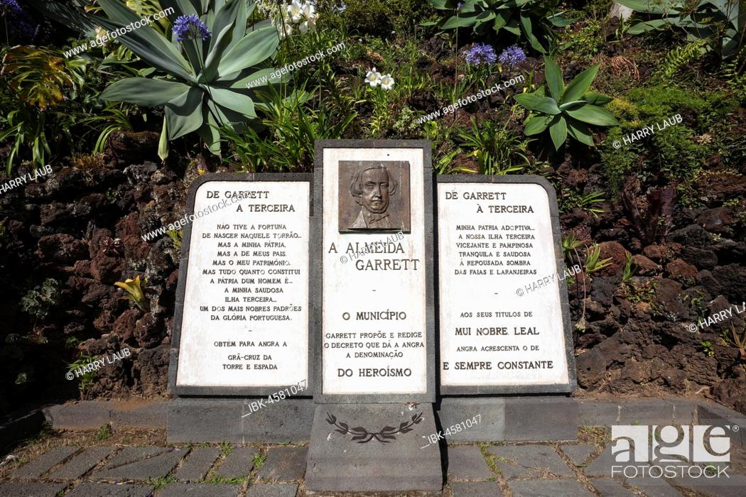 Monument to the poet Almeida Garrett in the municipal park