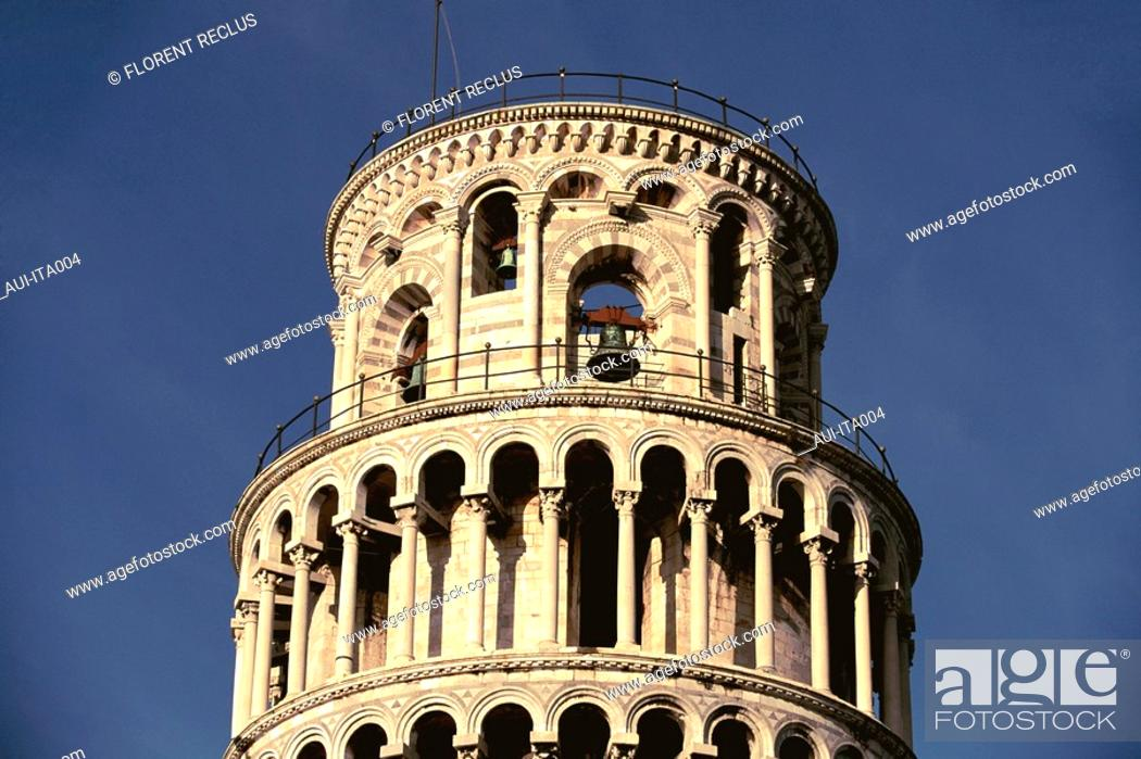 Stock Photo: Italy - Pisa - The Leaning Tower.