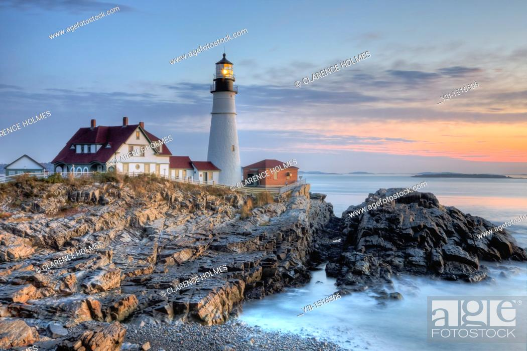 Stock Photo: The Portland Head Light, built in 1791, protects mariners entering Casco Bay. The lighthouse is located in Fort Williams Park, Cape Elizabeth, Maine, USA.