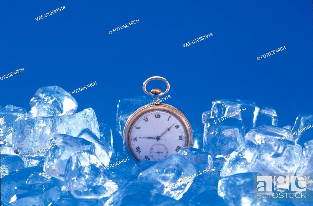 Stock Photo: ice cube, water, cube, natural world, ice, nature.