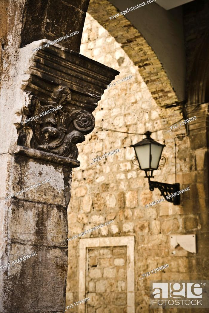 Stock Photo: Architectural detail from old town of Dubrovnik.
