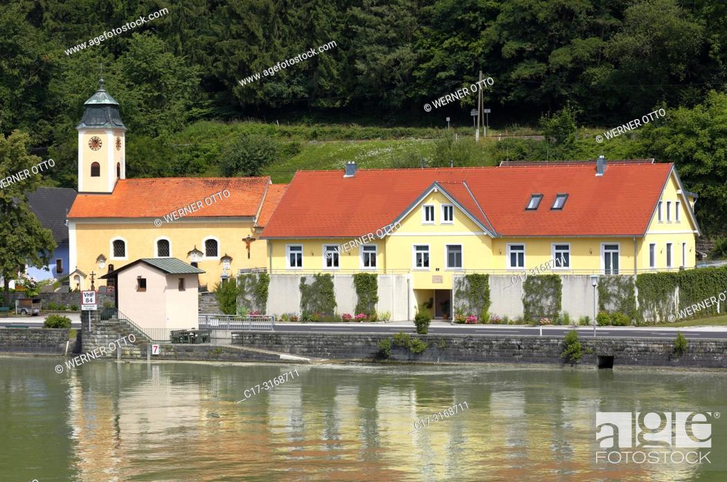 Stock Photo: St. Nikola/Donau, Sarmingstein, Austria, Upper Austria, District Perg, Saint Nikola an der Donau, Muehlviertel, Strudengau, neighborhood Sarmingstein.
