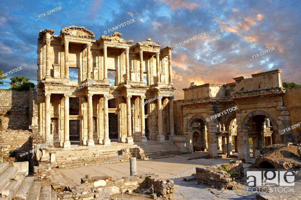Stock Photo: The ancient Library of Celsus , a Roman building ruins in Ephesus, Anatolia, Turkey.