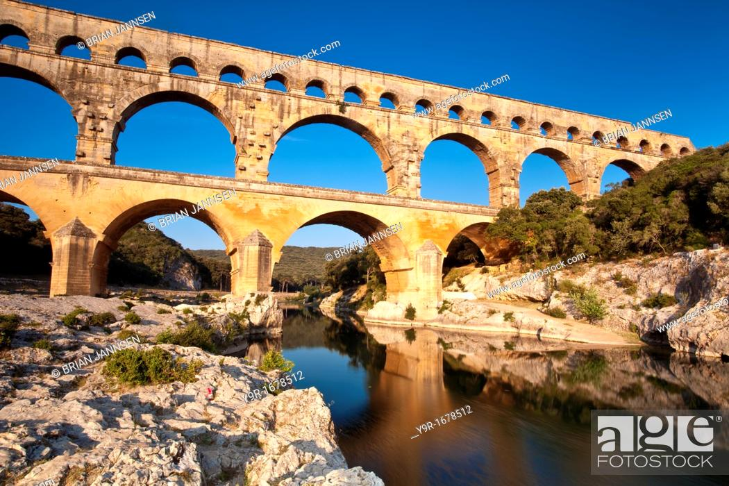 Stock Photo: Ancient Roman Aqueduct - Pont du Gard, near Nimes, Languedoc France.