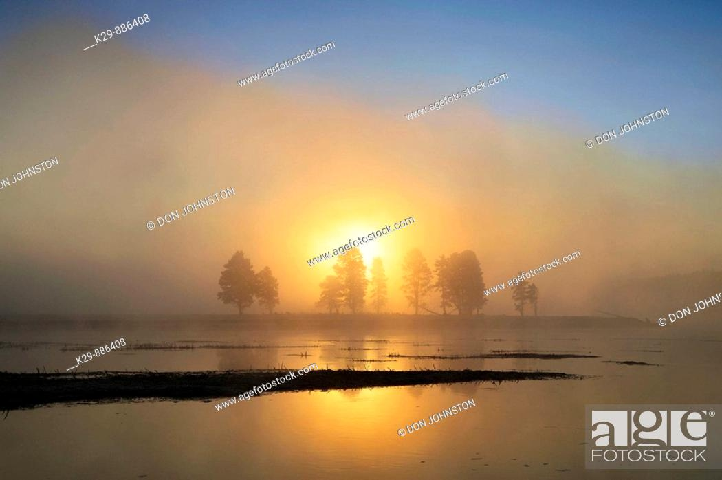 Stock Photo: Sunrise over the Yellowstone River in the Hayden Vally.