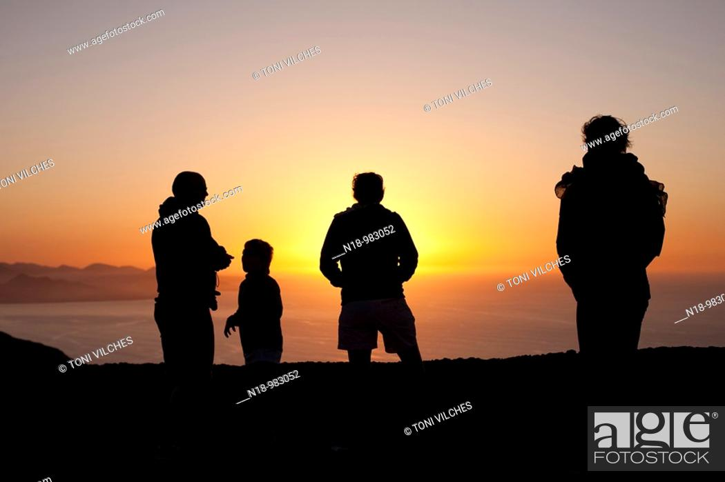 Stock Photo: Puesta del sol de Caleta de Famara desde el mirador del río  Isla de Lanzarote.
