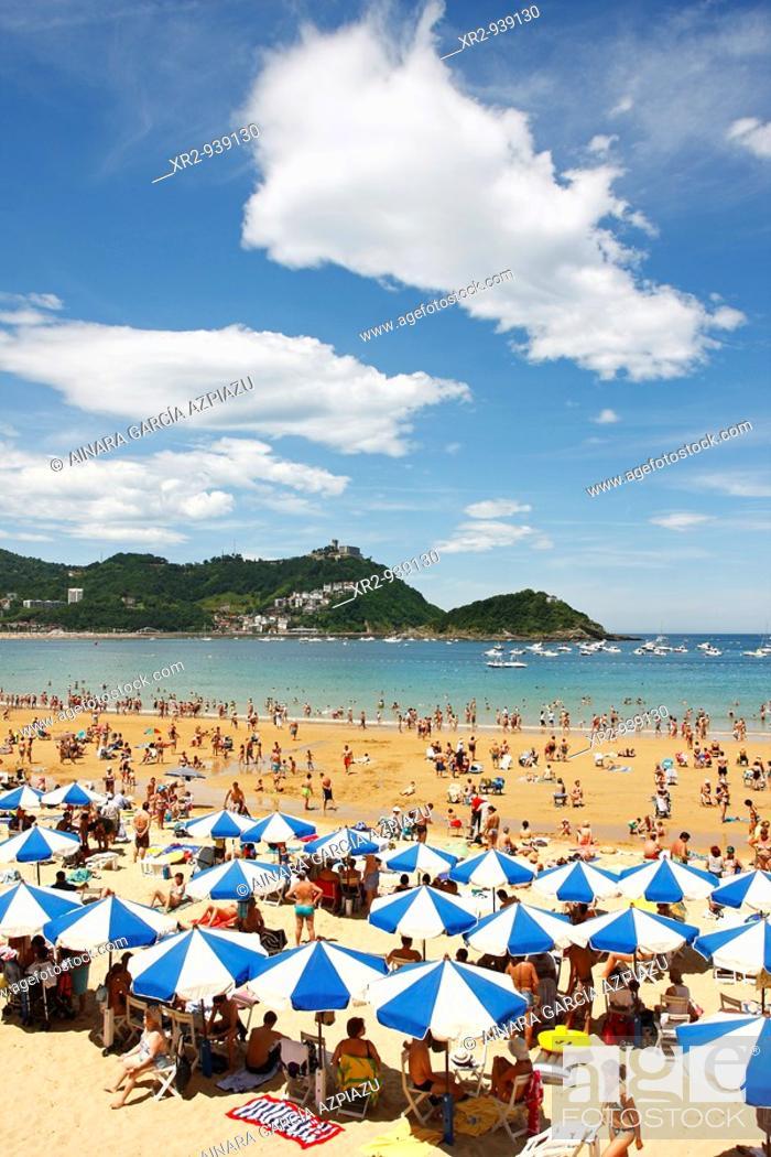 Stock Photo: Concha Beach in San Sebastian, Guipuzcoa, Basque Country, Spain.