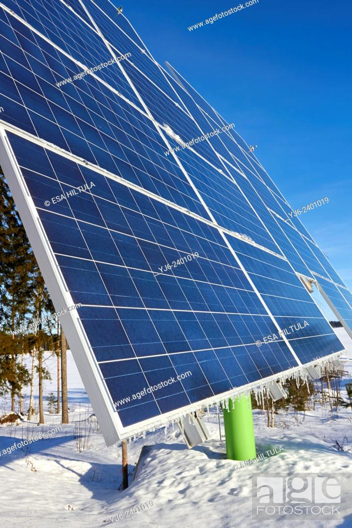 Imagen: solar panels for electricity production, Lappeenranta Finland.