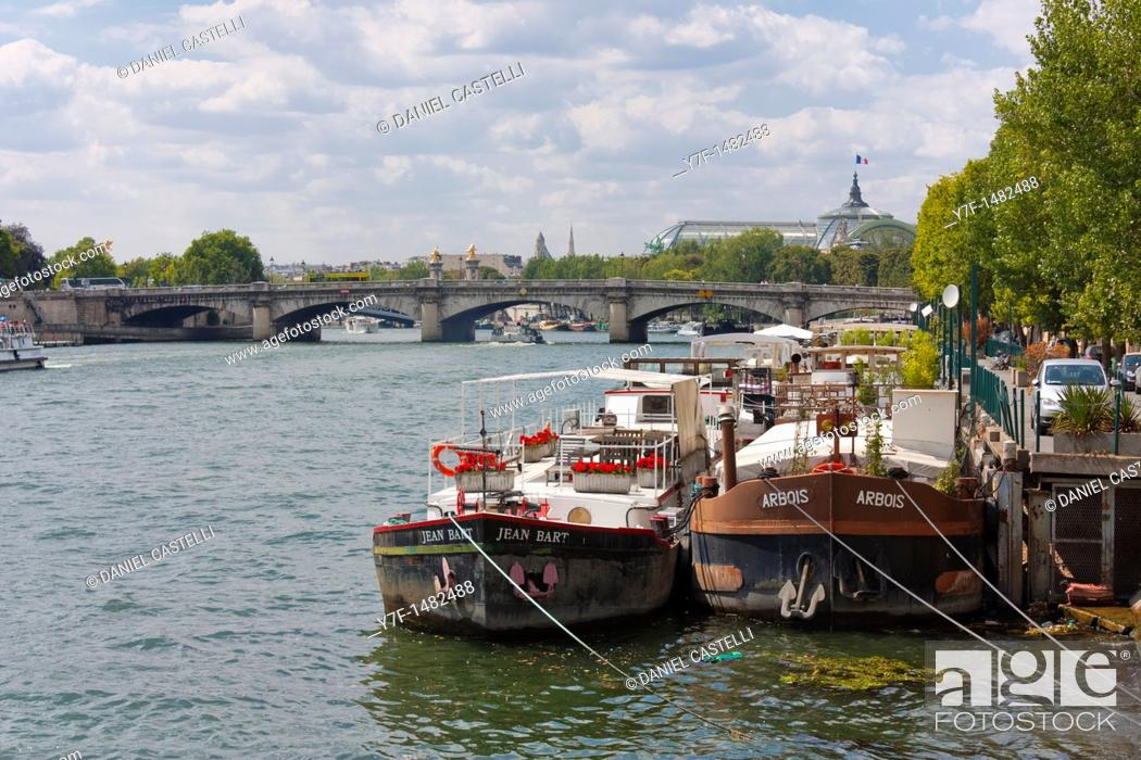 Stock Photo: Boats, Seine, Paris, France.
