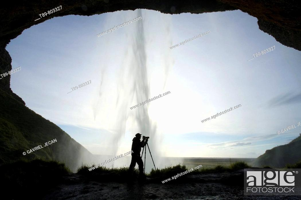 Stock Photo: Seljalandsfoss , the most famouse in Iceland, 60 m Hifgh.