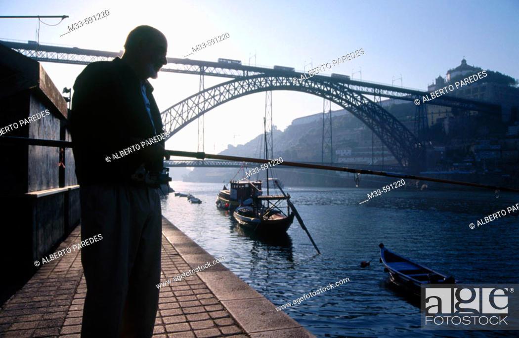Stock Photo: Dom Luis I Bridge over Douro river, Porto. Portugal.