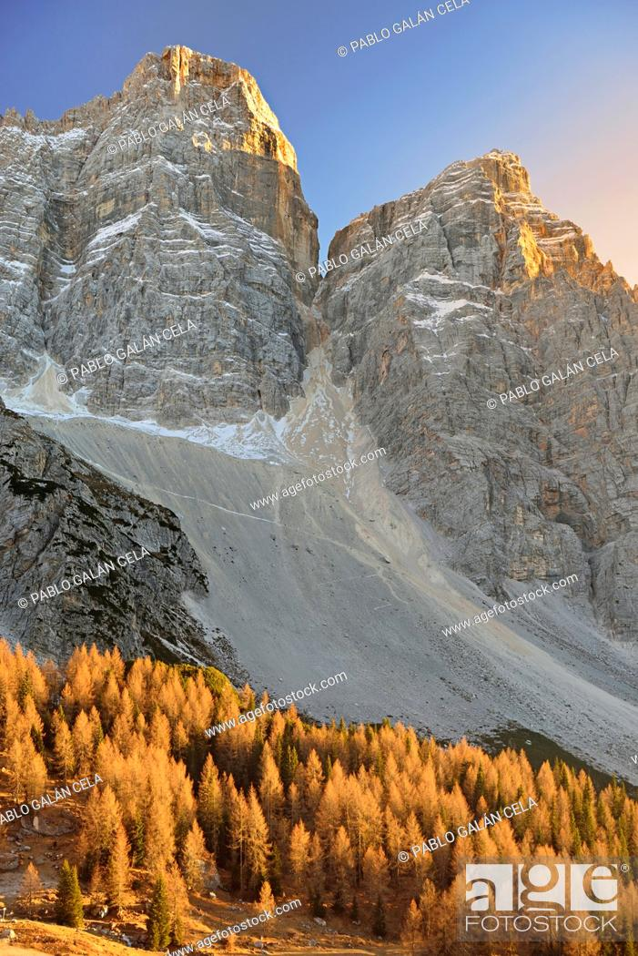 Stock Photo: Pelmo, Pelmetto and La Fressura (Dolomites, Italy).