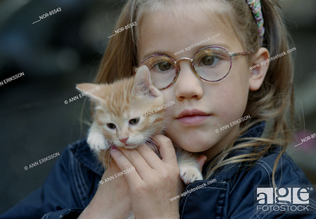 Stock Photo: Moa with her kitten.