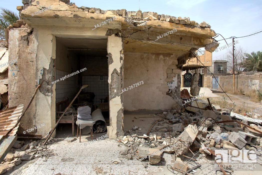 Stock Photo: Jalawla, town in North Eastern Iraq being destroyed after heavy fighting between IS and Kurds/Militias.