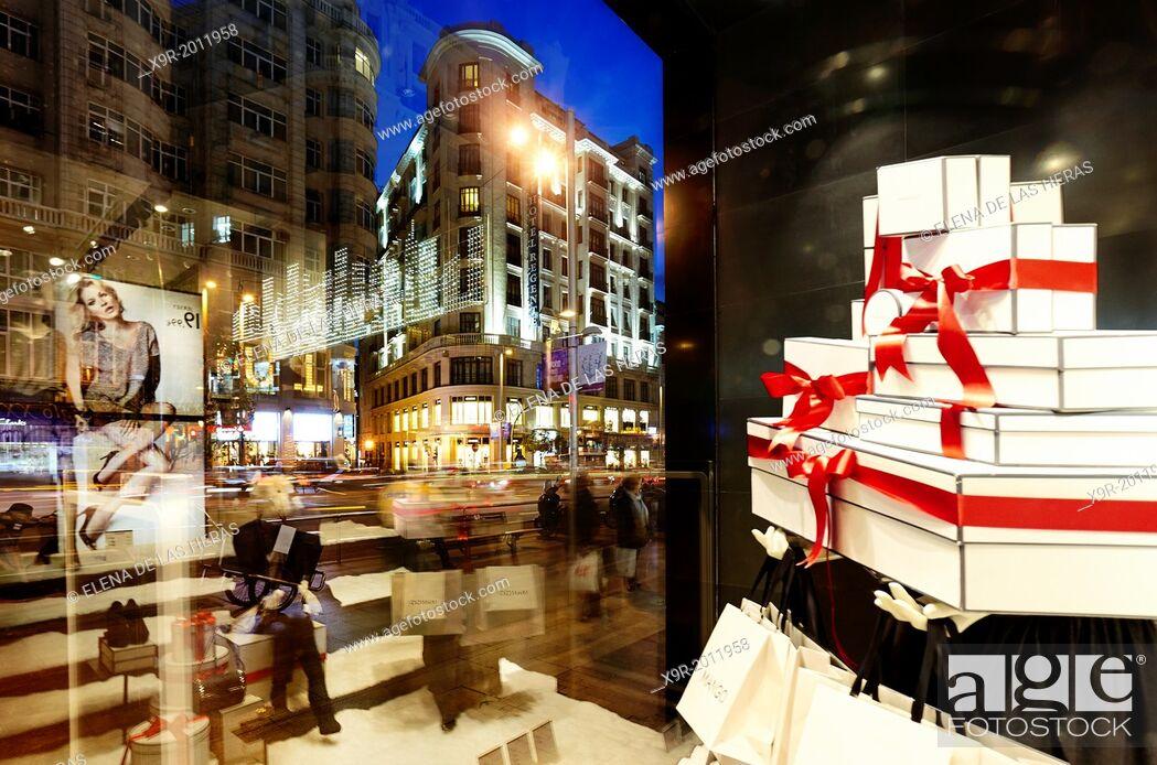 Stock Photo: Window display in Gran Via street at Christmas time. Madrid. Spain.