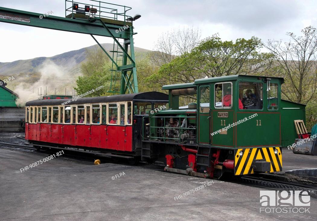 Narrow gauge mountain railway, train leaving station