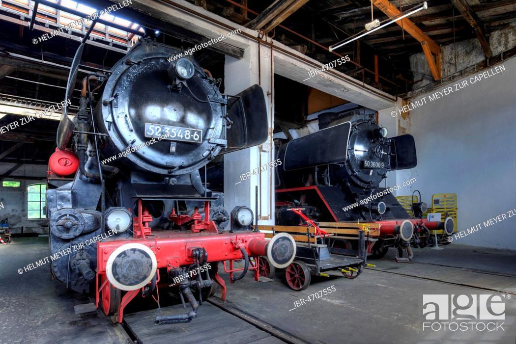 Steam locomotive 52 3548-6 from 1943, right steam locomotive