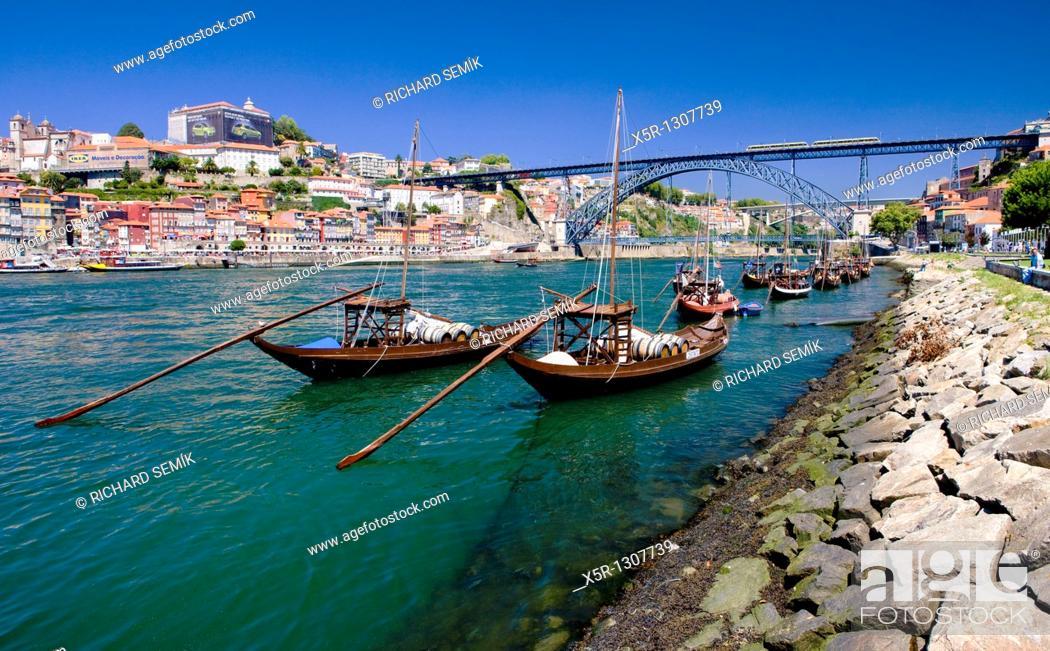 Stock Photo: Dom Luis I Bridge, Porto, Douro Province, Portugal.