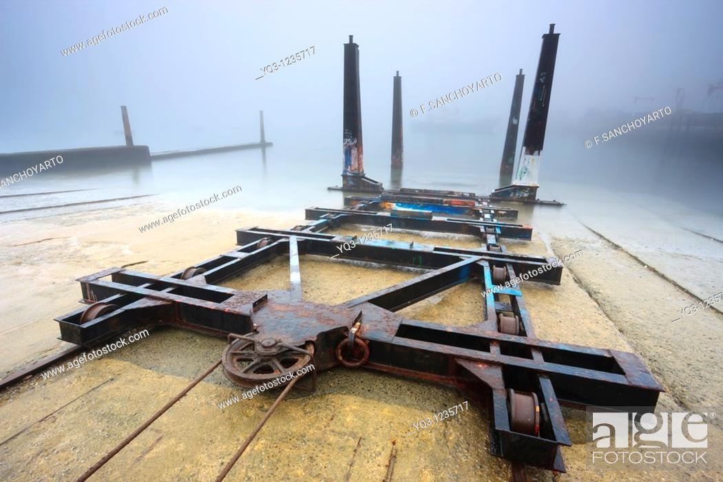 Stock Photo: Carros varaderos en el puerto de Castro Urdiales, Cantabria.