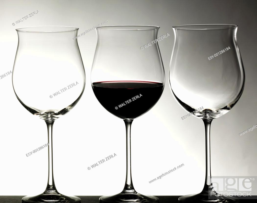 Stock Photo: Crystal glasses with red wine.