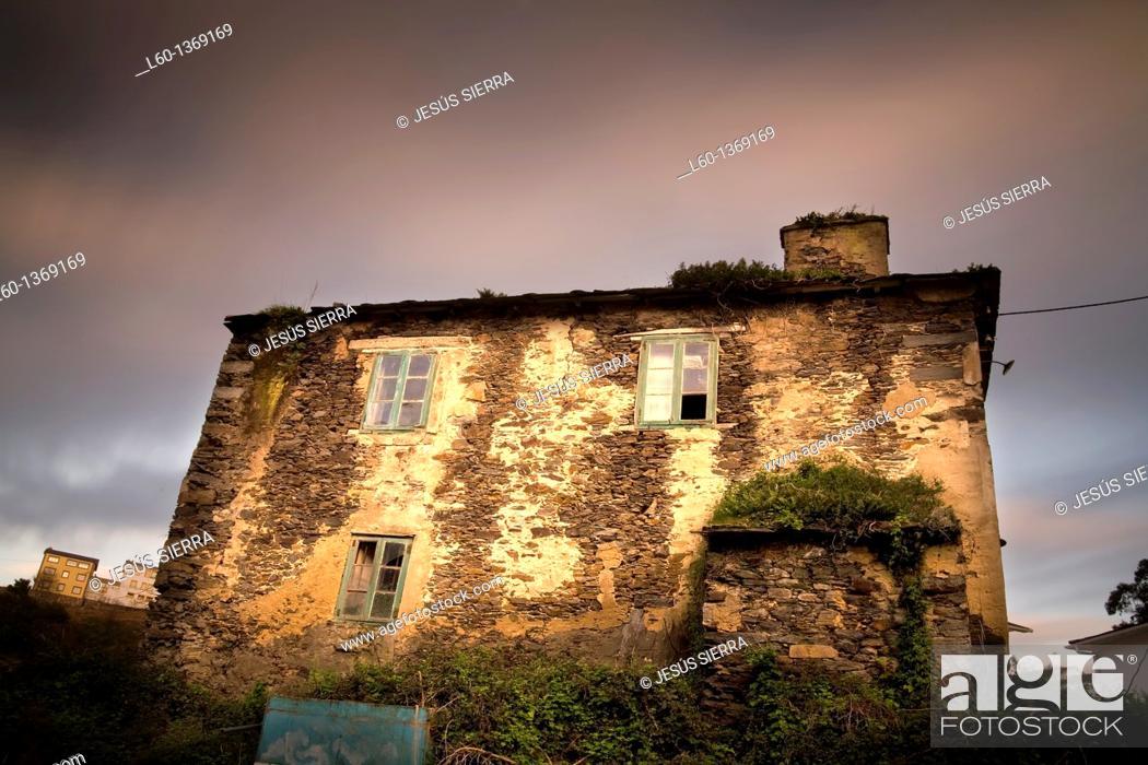 Stock Photo: House in Viavélez, Asturia, Spain.