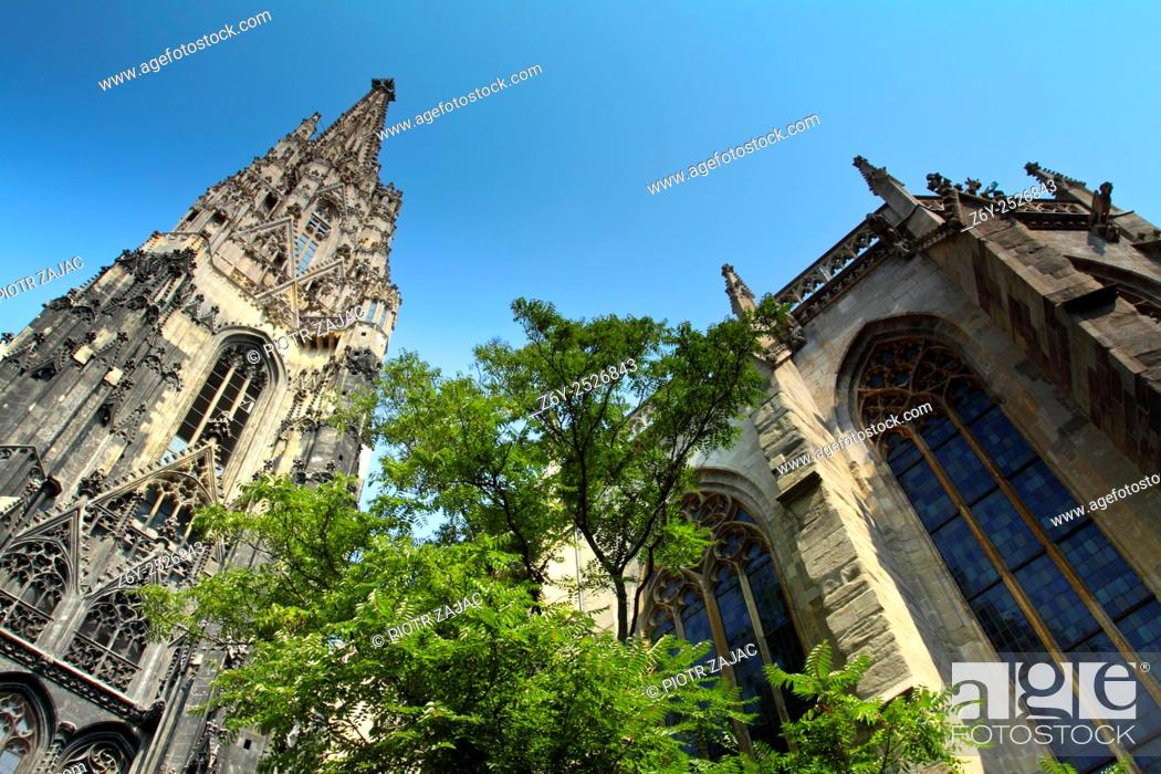 Stock Photo: St. Stephens Cathedral (Stephansdom) in Vienna, Austria.