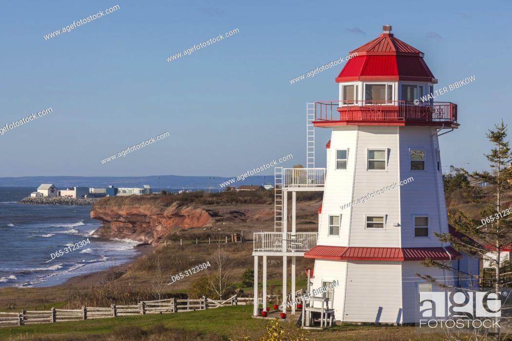Imagen: Canada, Quebec, Gaspe Peninsula, Ligny-St-Flochel, former lighthouse.