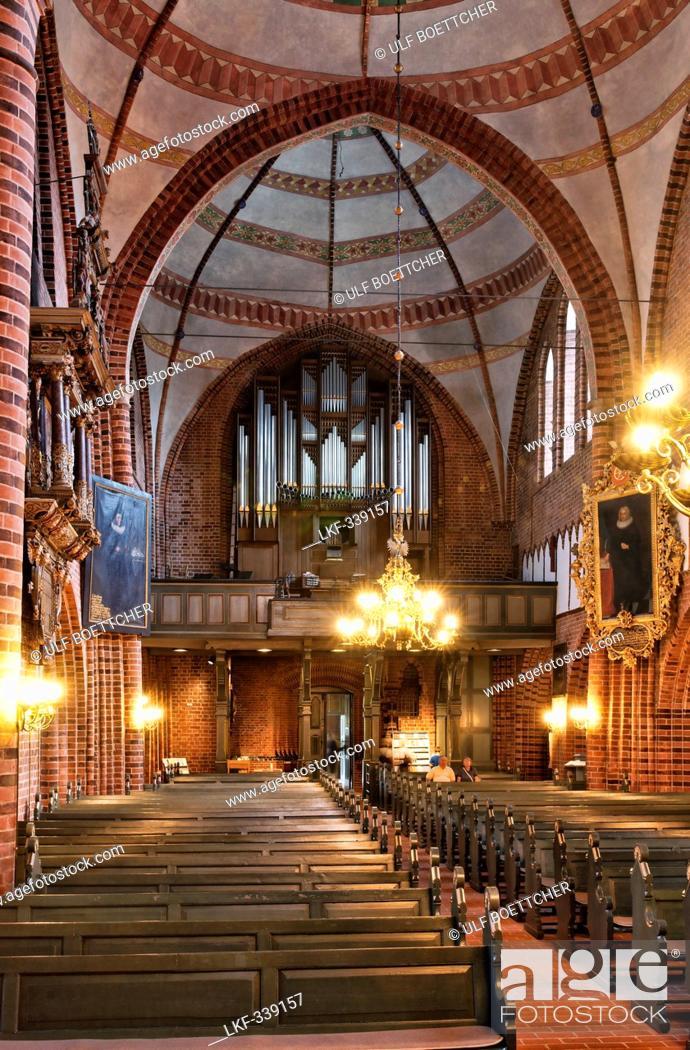 Stock Photo: Inside Meldorf Cathedral, St. Johannes Church, Meldorf, Dithmarschen, Schleswig-Holstein, Germany.
