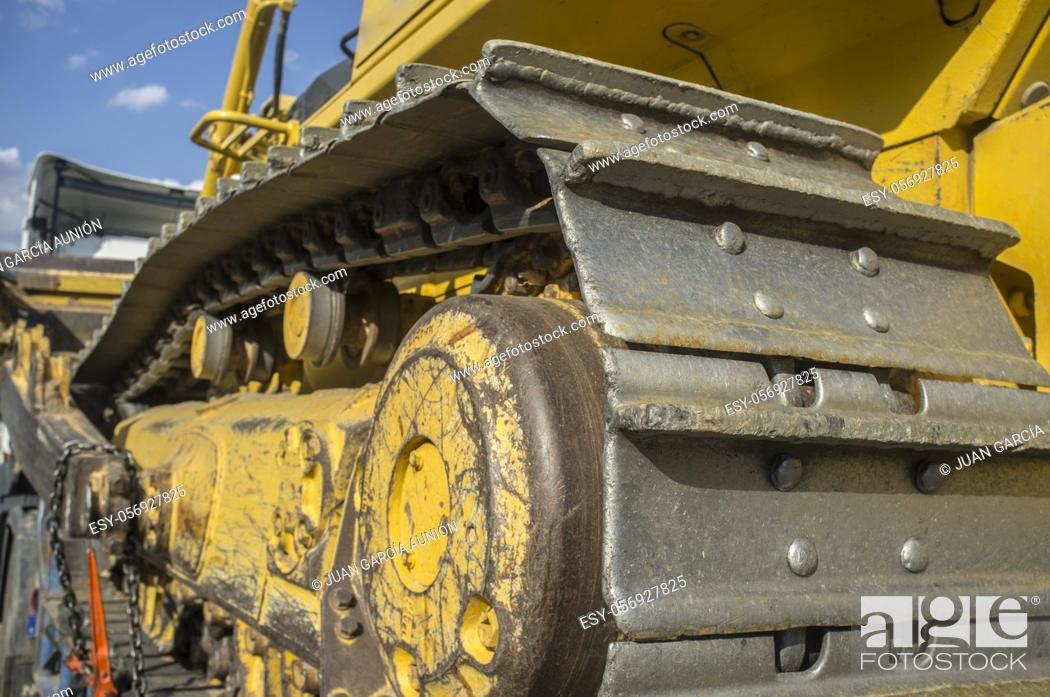 Stock Photo: Bulldozer or crawler dozer. Continuous track detail.