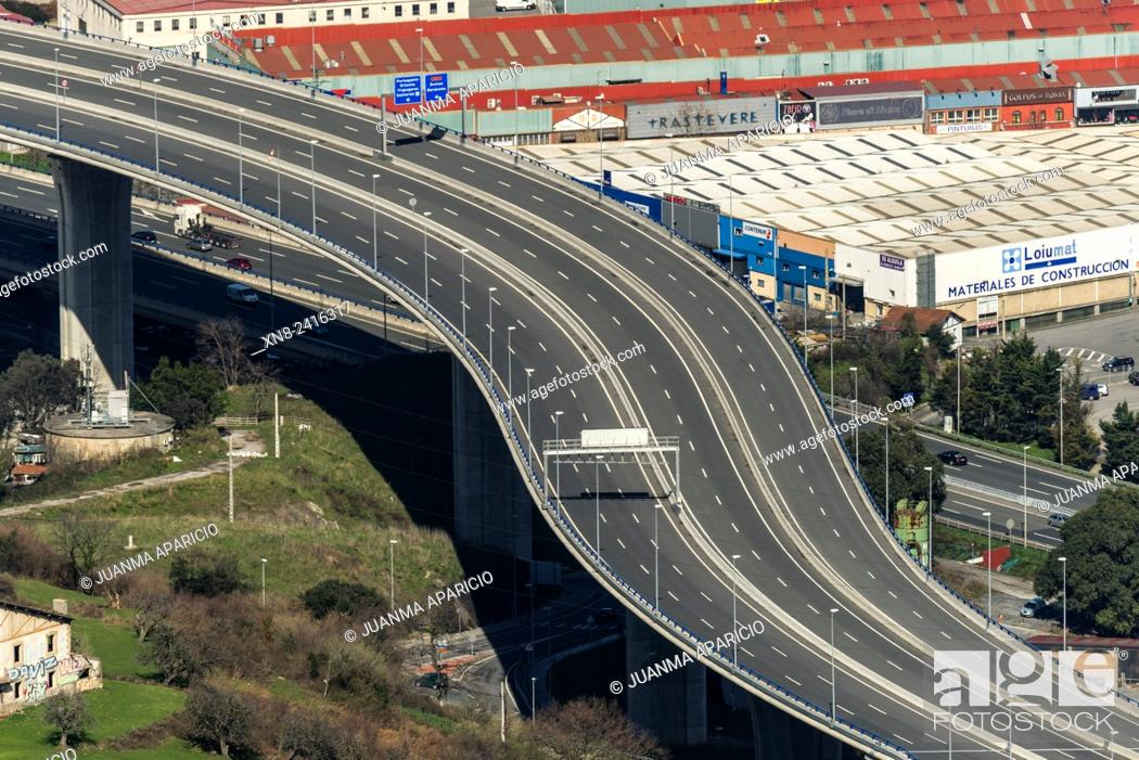 Photo de stock: E-70 Motorway, Trapaga, Biscay, Basque Country, Euskadi, Spain, Europe.