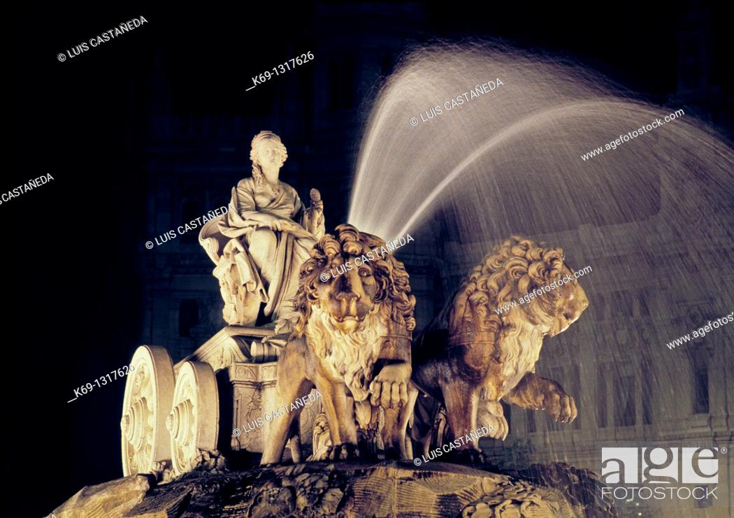 Stock Photo: La Cibeles Fountain  The fountain of Cibeles is found in the part of Madrid commonly called the Paseo de Recoletos  This fountain, named after Cybele or Ceres.