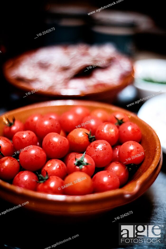 Stock Photo: Cherry tomatoes. La Tupina. The greedy street. Bordeaux. Gironde. Aquitaine. France. Europe.