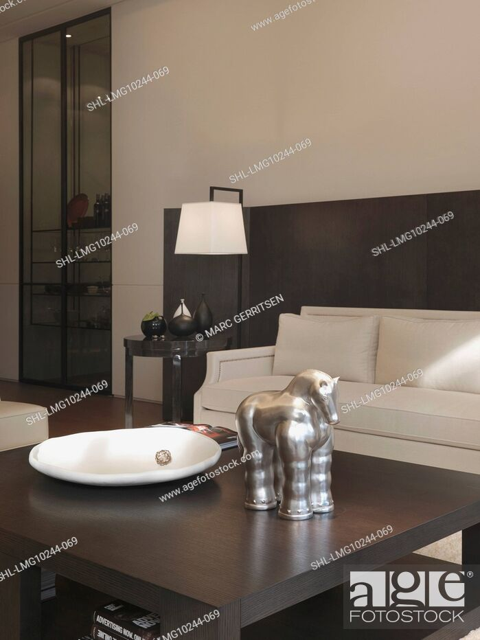 Stock Photo: Decorations on coffee table in living room.