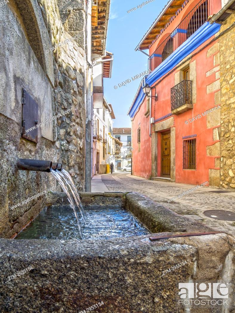 Imagen: Fuente en Cuacos de Yuste. Cáceres. Extremadura. Spain.