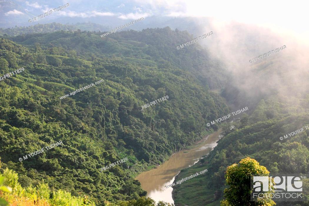 Stock Photo: Natural view of the Sangu river at Tindu Bandarban, Bangladesh December 2009.