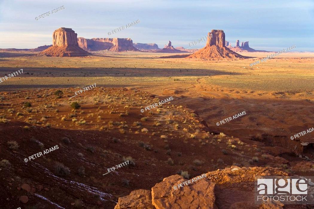 Stock Photo: Monument Valley, Arizona, USA.