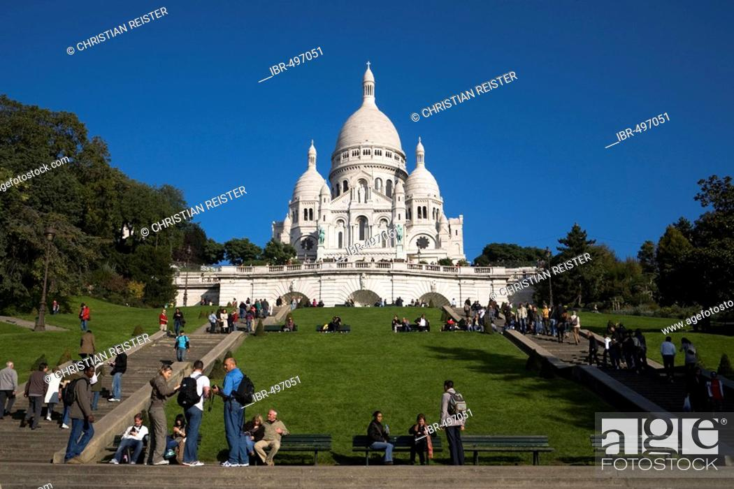 Stock Photo: Sacre Coeur, Montmartre, Paris, France.