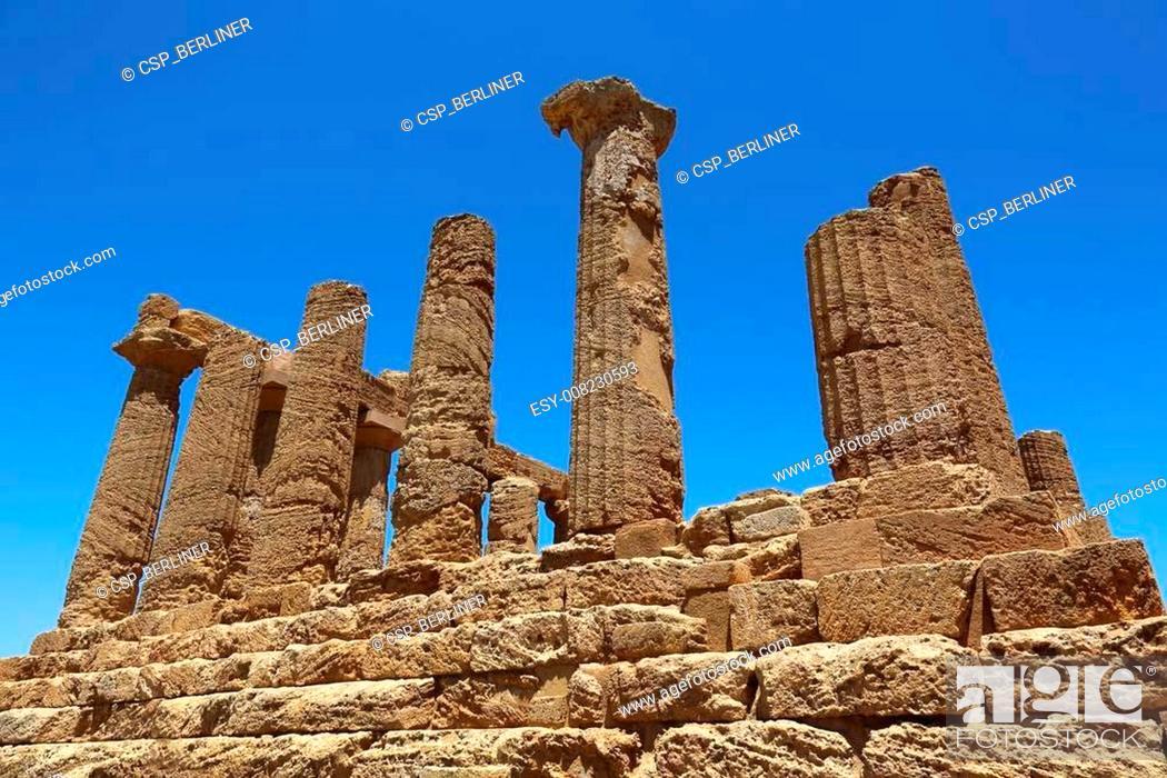 Stock Photo: Temple of Juno Lacinia Agrigento.