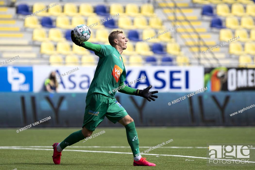 Imagen: Gent's goalkeeper Thomas Kaminski pictured in action during the Jupiler Pro League match between STVV and KAA Gent, in Sint-Truiden, Sunday 09 August 2020.