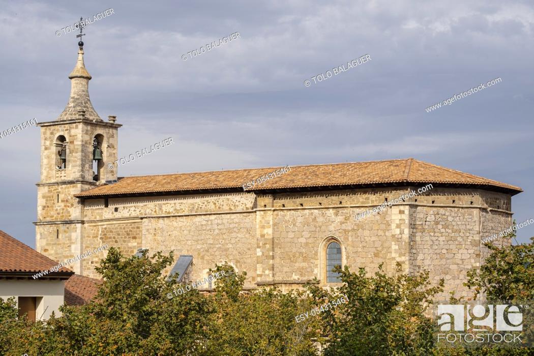 Imagen: iglesia parroquial, dedicada a la Natividad de Nuestra Señora, Bernedo , Alava, País Vasco, Spain.