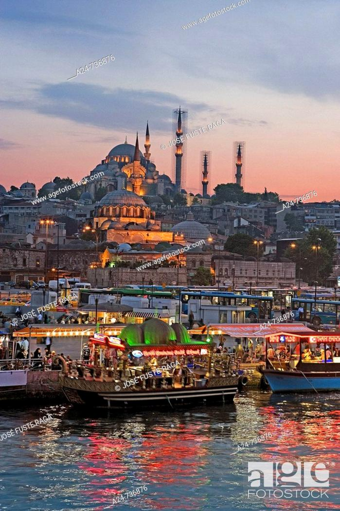 Stock Photo: Suleymaniye Mosque and Golden Horn, Istanbul, Turkey.
