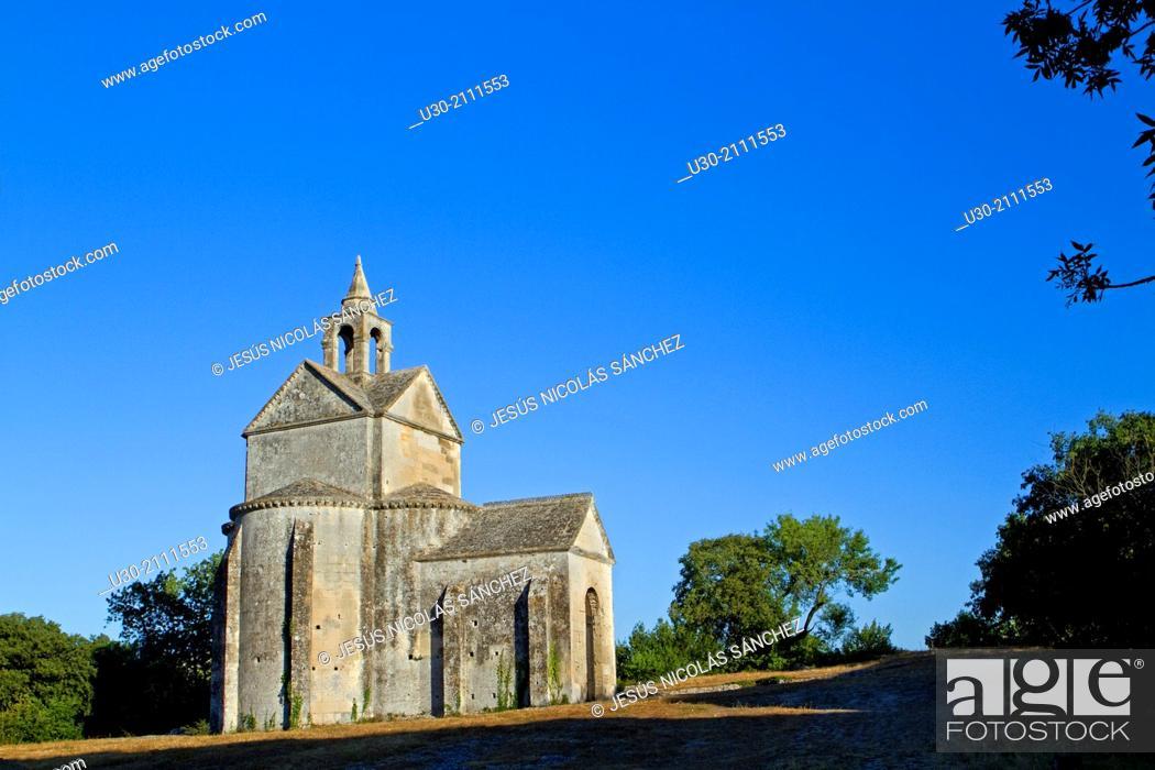 Stock Photo: Saint Cross chapel, next to Montmajour Abbey, near Arles. Arles district, Bouches-du-Rhône department, Provence-Alpes-Côte d'Azur region, France, Europe.