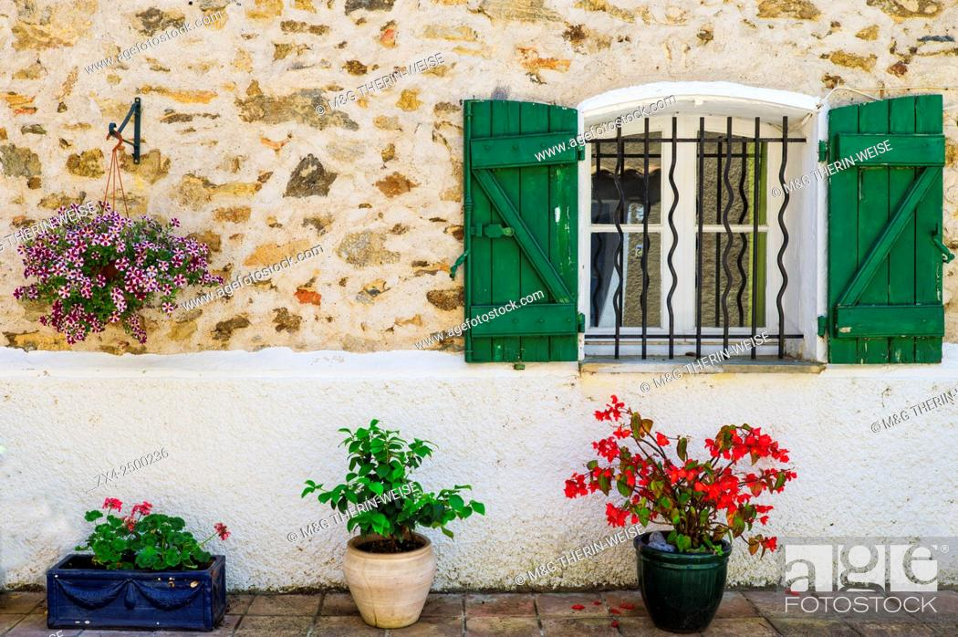 Stock Photo: Windows with wrought iron bars, Grimaud, Var, Provence Alpes Cote d'Azur region, France.